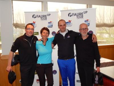 Belle performance pour sa première sortie de l'équipe de Golf Only Tassin pilotée par Olivier Sauze Belle performance pour sa première sortie de l'équipe du Golf Only Tassin pilotée par Olivier Sauze ©Golf Rhône-Alpes Magazine