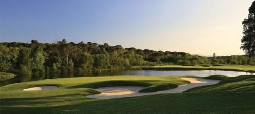 Le trou n°11 du Stadium Course du PGA Catalunya Resort, considéré par beaucoup comme l'un des meilleurs parcours d'Espagne