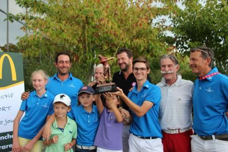 L'équipe emmenée par jules Mader remporte ©A. Prost / Golf Rhône-Alpes Magazine