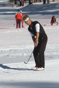Elizabeth Perret (Esery) associée à jean Marie Casella, directeur de Terre Blanche remportera le brut - Photo ©D. Roudy / Golf Rhône-Alpes Magazine