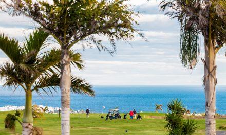 Lanzarote, le golf volcanique
