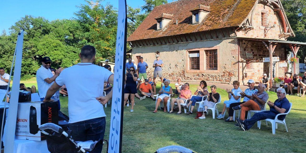 Une étape du Peugeot Golf Tour en Auvergne